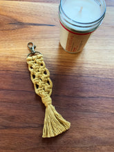 Load image into Gallery viewer, Macrame Keychain - Likewoah Handmade