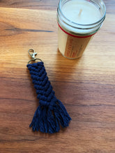 Load image into Gallery viewer, Macrame Keychain