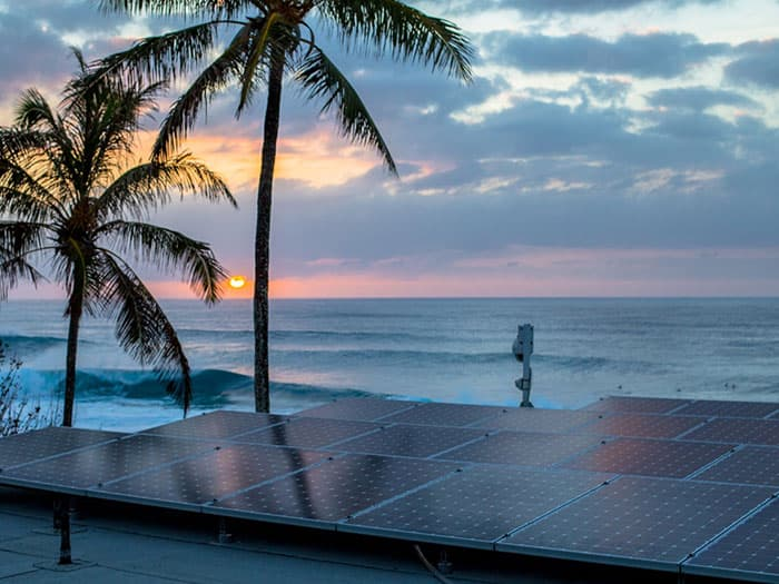 Volcom Hawaii Pipe Houses Powered By Solar Electricity