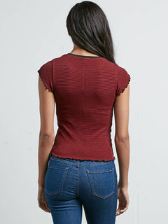 Colder Shoulder T-Shirt - Chili Red
