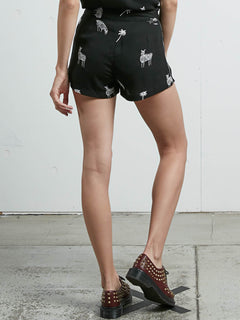 What You Need Short - Black