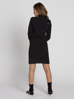 Eavy Dress - Black (B1331952_BLK) [B]