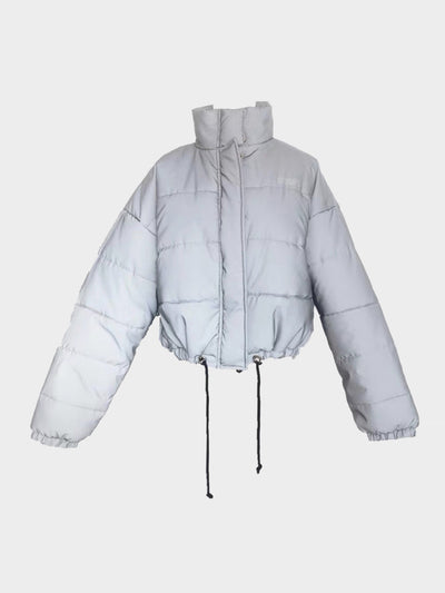 oversize reflective parka adjustable around the waist with a high collar