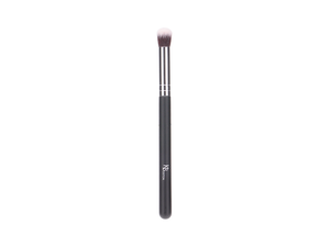 CUT CREASE EYESHADOW BRUSH - SILVER