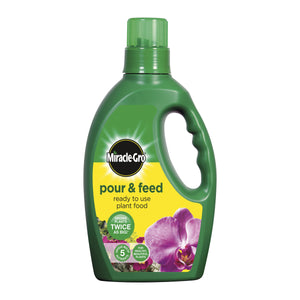 MIRACLE GRO POUR & FEED LIQUID PLANT FOOD 1L