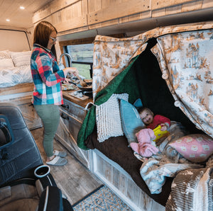 BEST CAMPER VAN LAYOUTS FOR FAMILIES