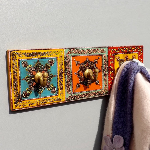 Hand painted plaque 3 hook coat rack
