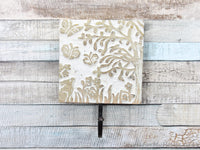 Tangled wood light wood coat hook