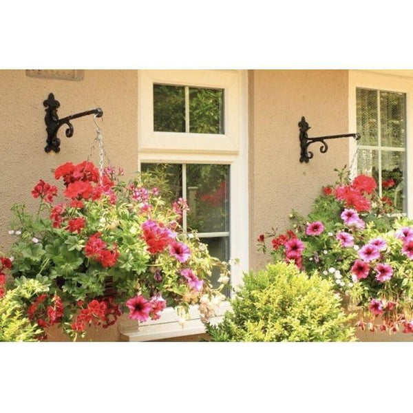 Ornate Hanging Basket Bracket · Kirkpatrick 4601 ·