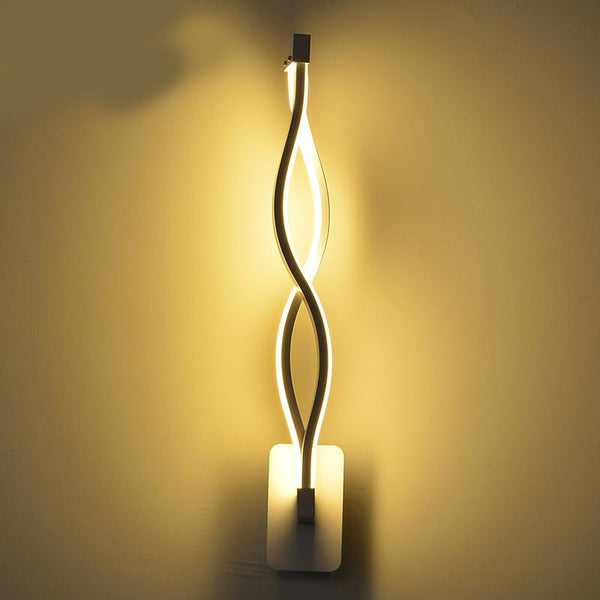 Twisted LED Wall Lamp