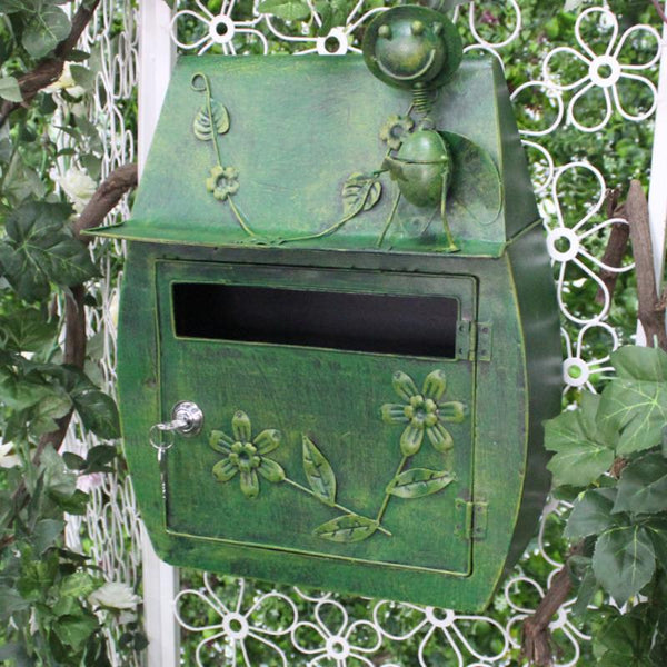 Chandler - Iron Retro Mailbox