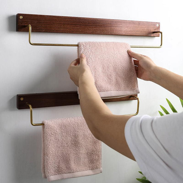 Alma - Wooden Towel Rack