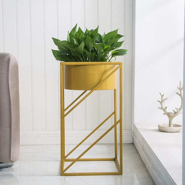 Lev - Angular Modern Indoor Planter