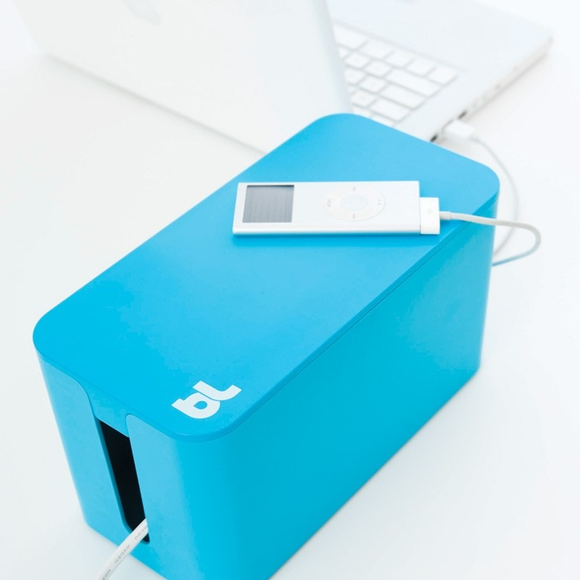 BlueLounge Cablebox Mini, Blue