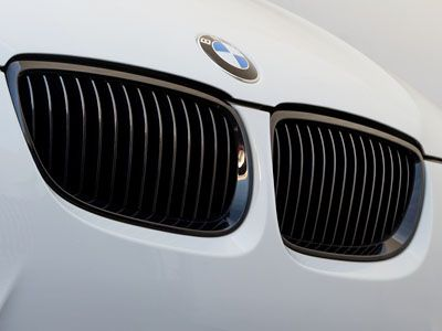 BMW - M Performance Gloss Black Kidney Grilles - BMW E9X 3-Series & M3