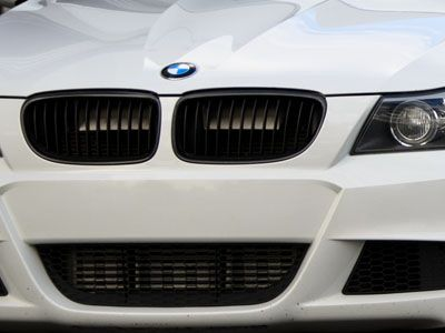 BMW - M Performance Gloss Black Kidney Grilles - BMW E90 3-Series LCI