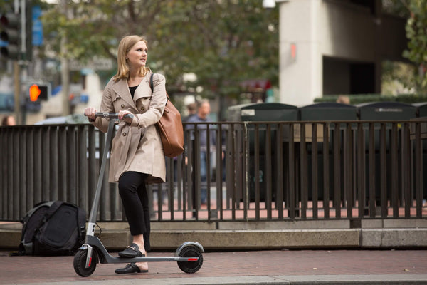 female-scooter-commuter-san-francisco
