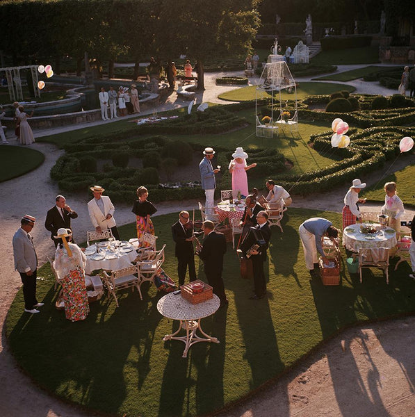 Garden Party by Slim Aarons - FINEPRINT co