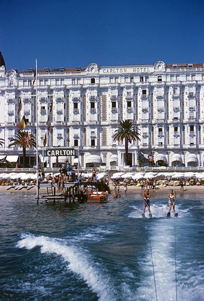Hotel Sports by Slim Aarons - FINEPRINT co