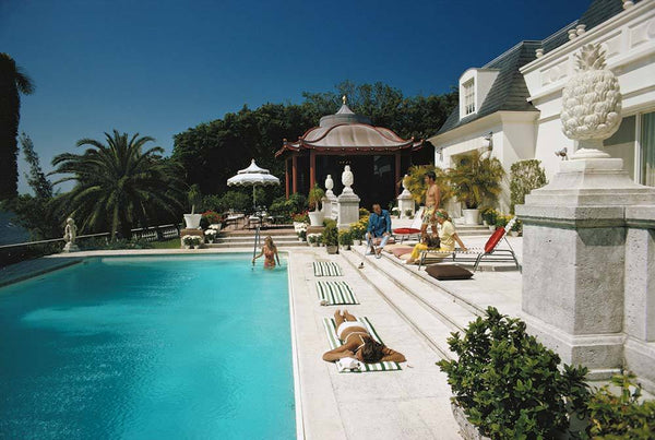 Poolside Chez Holder by Slim Aarons - FINEPRINT co