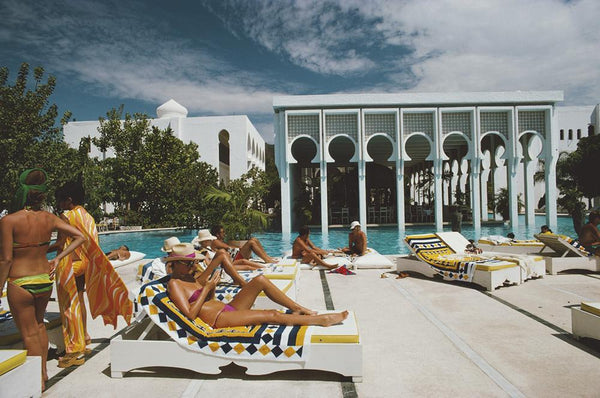 Armando's Beach Club by Slim Aarons - FINEPRINT co