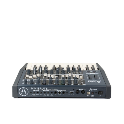 Arturia MiniBrute Synthesizer - BORG SOUND
