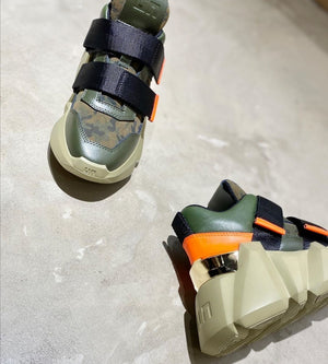 Space Kick women Camo