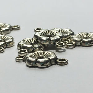 Antique Silver Flower Links 18 x 10 mm - 8 Links