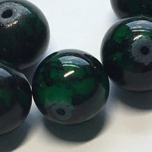 Load image into Gallery viewer, Green Painted Glass Beads 10 mm, 7 Beads