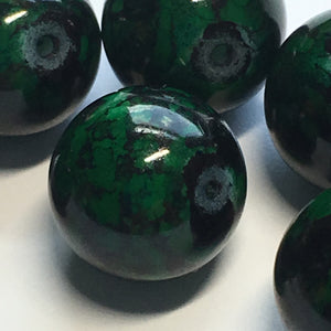Green Painted Glass Beads 12 mm, 12 Beads