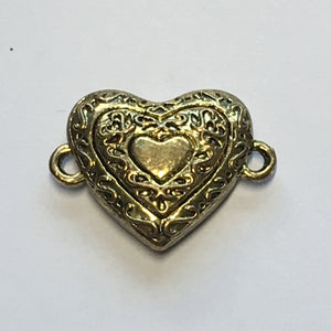 Gold Heart Shaped Vined Magnetic Clasp, 23 x 18 mm