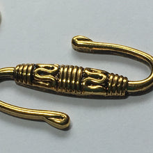 Load image into Gallery viewer, Antique Gold 25 mm S Hook with Carved Middle and Solid Ring 7 mm