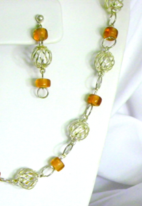 Silver Plated Spiral Wire Ball and Amber Beads Necklace and Earring Set
