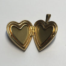 Load image into Gallery viewer, 14 Karat Gold Filled Picture Locket with Rose, 25 x 19 x 5 mm, Excellent Condition - Never Worn