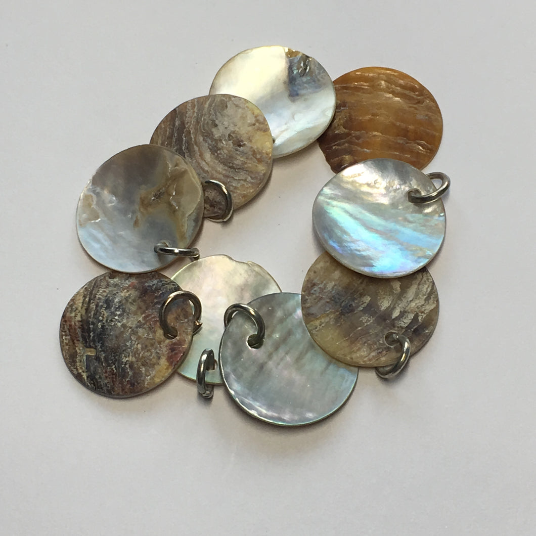Natural Shell Circle Charms 16 mm - 9 Charms With Rings