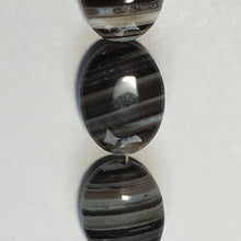 Load image into Gallery viewer, Bead Gallery Natural Banded Onyx Semi-Precious Stone Flat Oval Beads, 20 x 15 mm