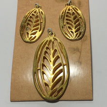 Load image into Gallery viewer, Organics Leaf Pendant and Earring Findings Set - Gold Color 45 and 30 mm