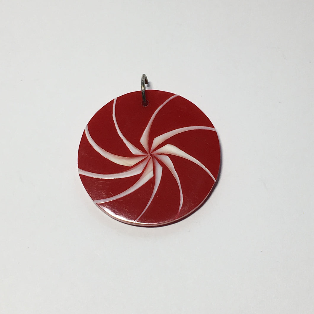 Red Resin and White Shell Swirl Round Pendant, 35 x 2.6 mm