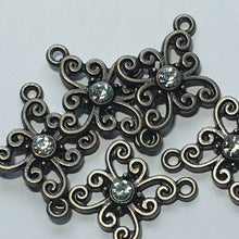 Load image into Gallery viewer, Pewter Finish and Clear Rhinestone Connectors,  23 x 18 mm, 5 Connectors