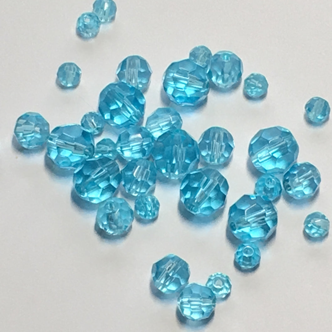 Transparent Aqua Blue Glass Faceted Round Beads for Bracelet, 4-8 mm, 33 Beads