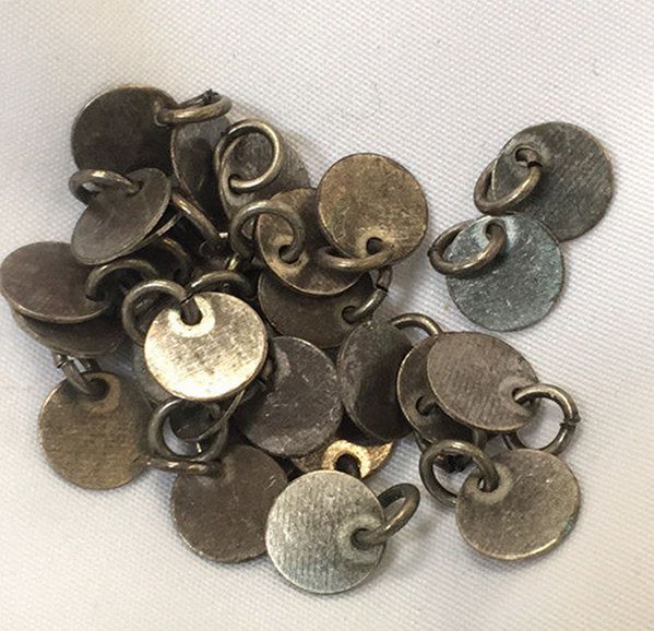 Pewter Finish Disc Charms, 7 mm - 9 Charms