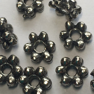 Antique Silver Daisy Spacer Beads, 7 x 2 mm - 12 Beads