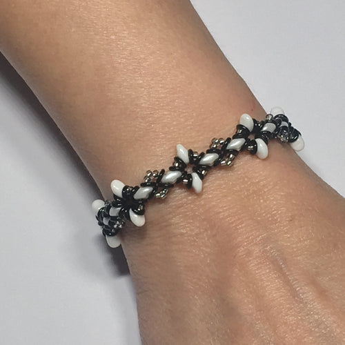 Oh, My Stars Bracelet Black / White / Silver PDF Tutorial/Instructions
