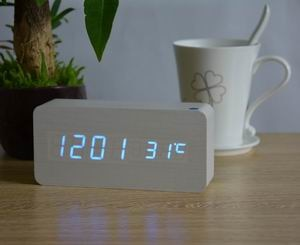 LED & Temperature Alarm Clock