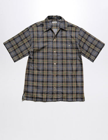 CAMOSHITA - Fine-Gauge Collared Summer Shirt in Olive Plaid