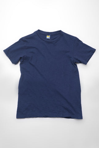 VELVA SHEEN - Crewneck T-Shirt in Navy