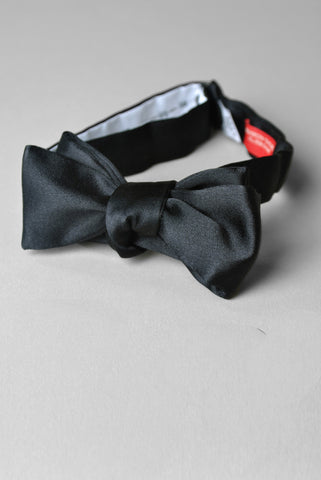 BROOKLYN TAILORS - Formal Bowtie in Black Satin