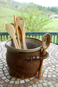 Kitchen Utensil Holder in Brownstone