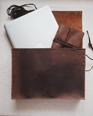 Box Laptop Pouch