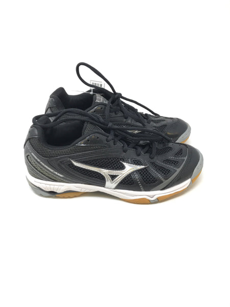 Mizuno 6 Girls Volleyball Shoes